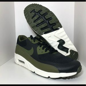 huge selection of 7dbcc 90d47 Nike Shoes - Nike Air Max 90 Shoes Ultra 2.0 Essential Size 11